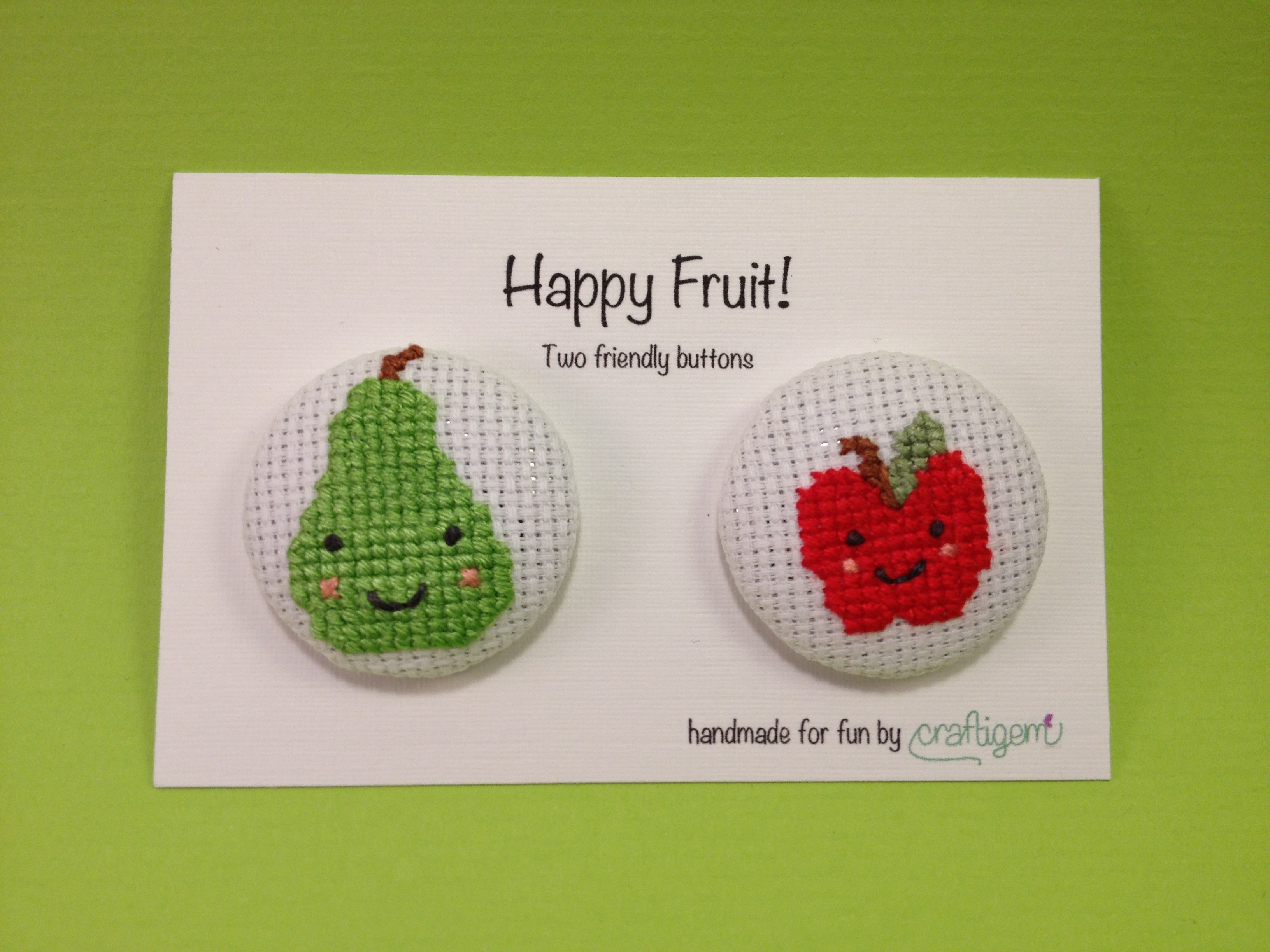 Fruit buttons - apple and pear